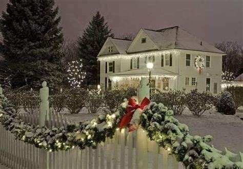 beautiful outdoor christmas decorations pictures photos