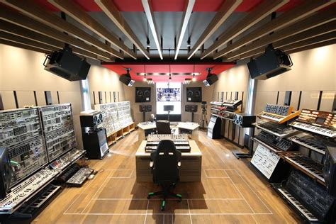 Deadmau5's Home Studio Finally, For Real, Completed ...