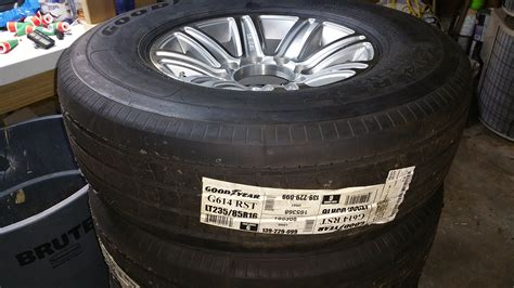 Boat Trailer Brands by Boat Trailer Tires Rintal Brand The Hull
