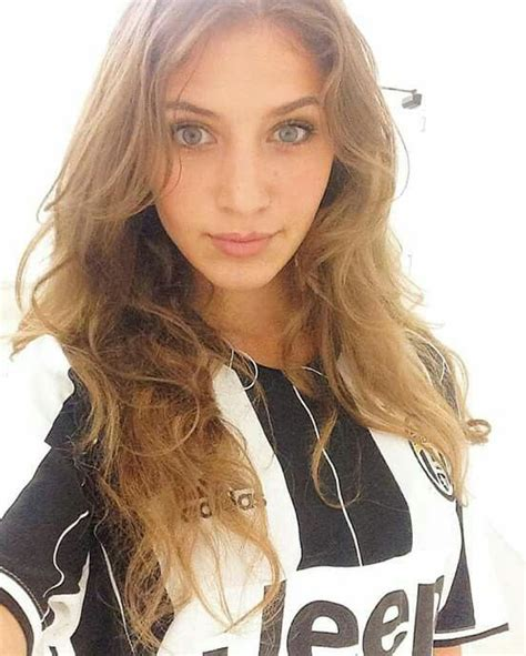 Pin en Juventus Girls