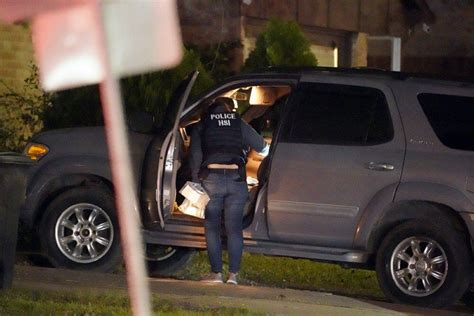Police: Nearly 30 found in Texas human smuggling operation ...