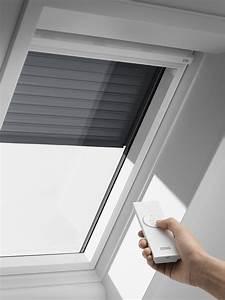 Velux 78x98 Avec Volet Roulant : equipez votre espace de vie grace aux fenetres de toit velux ~ Melissatoandfro.com Idées de Décoration