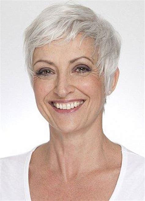 35 Short Hair for Older Women