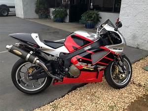 2002 Honda RC51 [2002 Honda RC51] - $7,400 00 : Auto