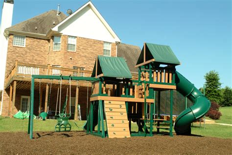 Home Playground : Sandalwood Rubber Mulch From Rubberscapes