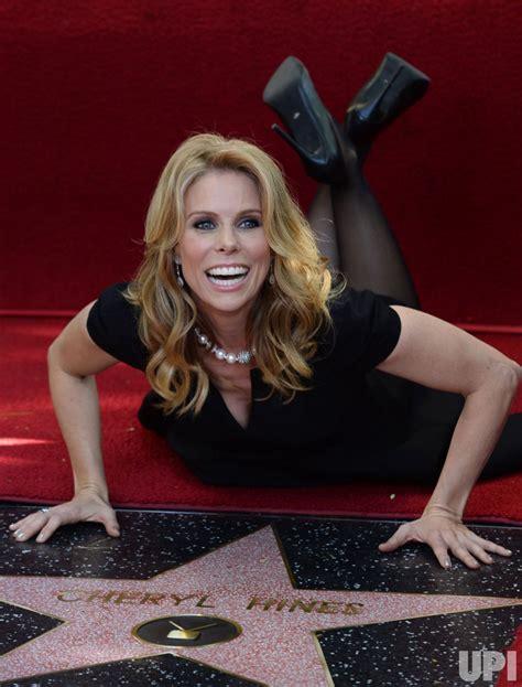 cheryl hines receives star   hollywood walk  fame