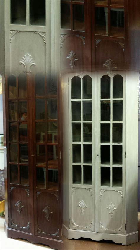 antes de madera oscura vitrina aparador  puertas