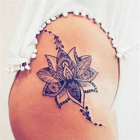 modele tatouage fleur de lotus tatouage de femme tatouage