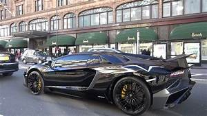 Aventador Sv Roadster : first lamborghini aventador sv roadster in london youtube ~ Medecine-chirurgie-esthetiques.com Avis de Voitures