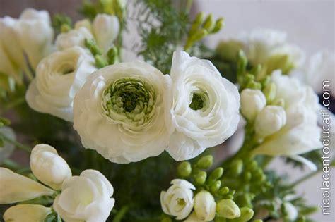 fiori bianchi matrimonio composizioni floreali come pensare a tutto