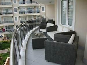 Balkonmöbel Für Schmalen Balkon : balkongestaltung 50 fantastische beispiele ~ Michelbontemps.com Haus und Dekorationen