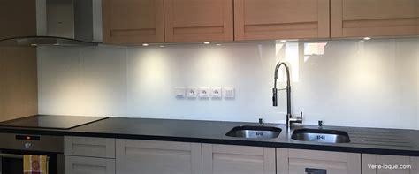 credence cuisine blanc laqué crédence en verre laqué pour votre cuisine verre laque com