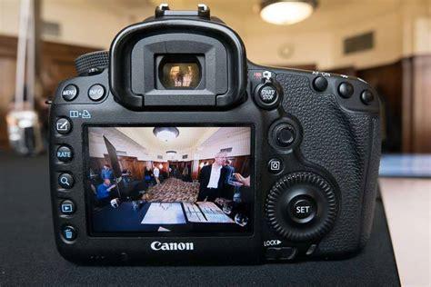 canon ef  mm fl usm hands   photography blog