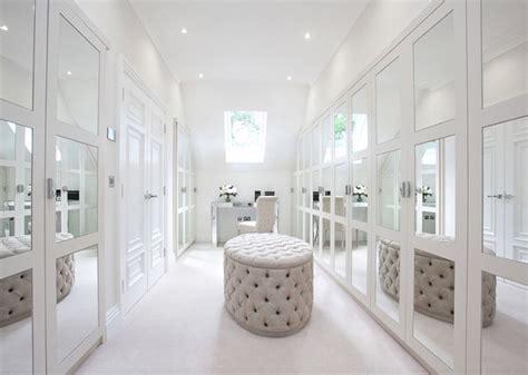 Impressive Yet Elegant Walk In Closet Ideas   Freshome.com