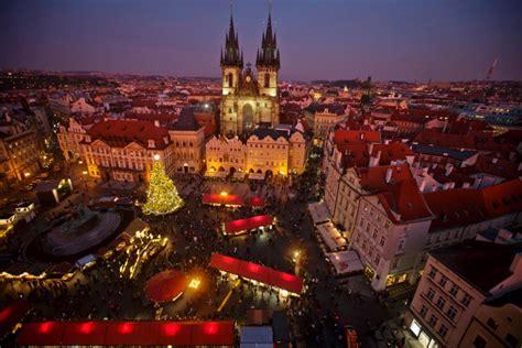 tips  surviving czech christmas czech republic