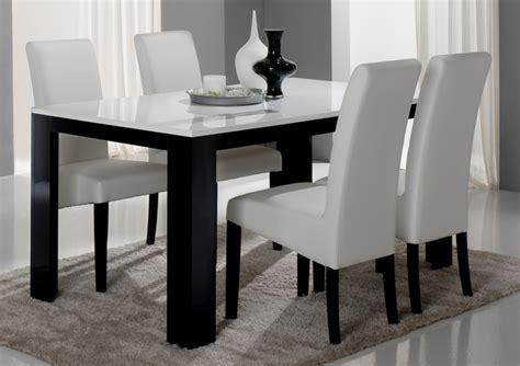 table cuisine noir table de repas pisa laquée bicolore noir blanc noir