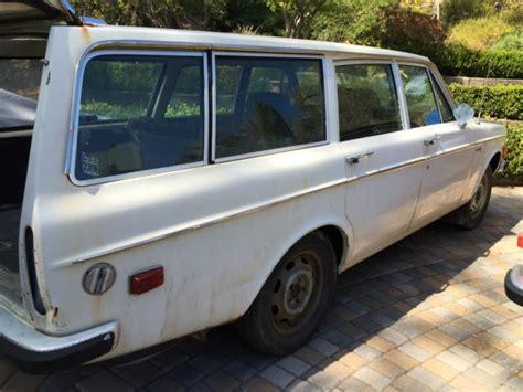 volvo  wagon great rust  project classic
