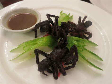 je cuisine ce que j ai dans mon frigo manger des araignées au cambodge
