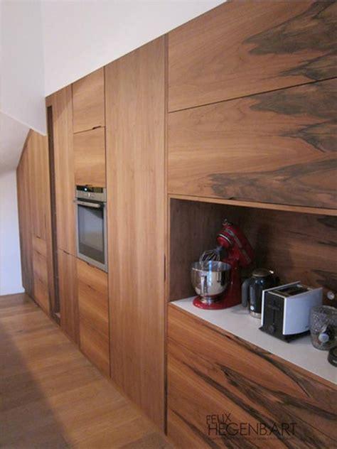 d馗o mur cuisine cuisine équipée intégré au mur en bois felix hegenbart