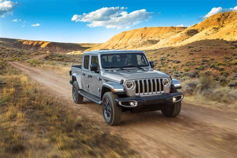 jeep gladiator review trims specs  price carbuzz