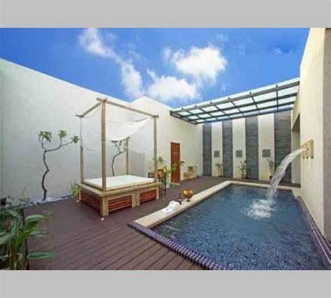 desain rumah  kolam renang mini kecil  taman