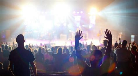 Praise And Worship Images How Lead The Way In Reaping The Reward Of Praise And