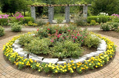 Formal Gardens Oxford Ohio  Fasci Garden