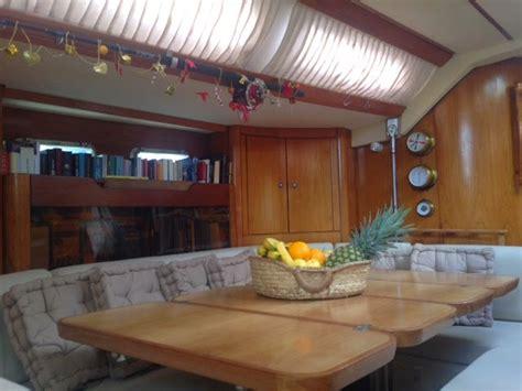 Interni Barche I Nuovi Interni Della Barca Vacanze In Barca A Vela Con