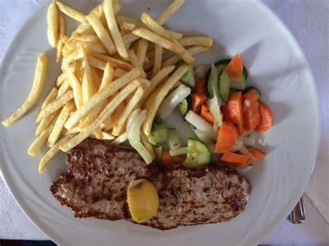 la terrazza ortisei la bistecca ai ferri con patatine e verdure picture of