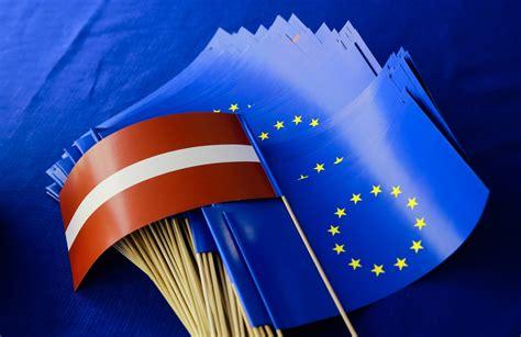 Bukmeikeru prognozes: kuras Latvijas partijas iekļūs ...