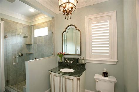 Special Touches In An Elegant Bathroom