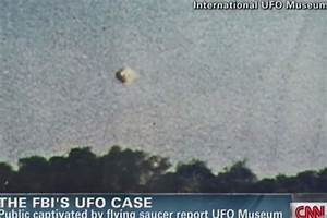 Ex-Navy pilot describes encounter with UFO, says 'It was ...