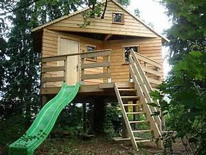 Modele de cabane enfant a construire soi meme for Amenager jardin en pente 8 comment fabriquer un poulailler en bois pour le jardin
