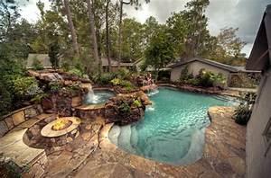 gestaltungsidee fur pool im garten naturpool poolteich With französischer balkon mit luxus pool im garten