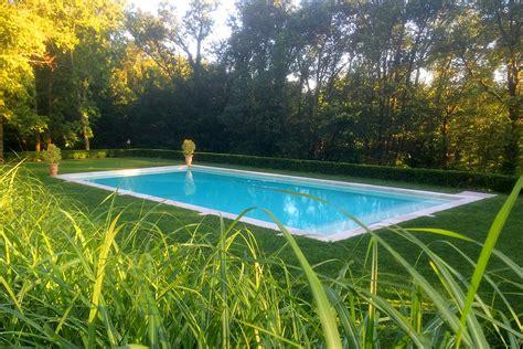chambre hotes sarlat aperitif piscine manoir du rocher sarlat dordogne perigord