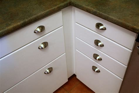 drawer cabinets kitchen ideal cabinet knob backplate the wooden houses 3456