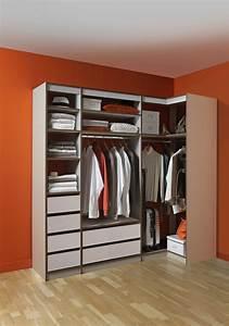 Dressing Petit Espace : le dressing d angle le rangement parfait pour mes habits ~ Teatrodelosmanantiales.com Idées de Décoration