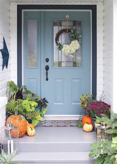 Front Porch Decor by Easy Vibrant Fall Front Porch Decor The Happy Housie