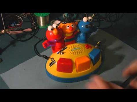 Circuit Bent Sesame Street Elmo Giggle Gang Piano