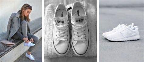 Weiße Schuhe Mit Backpulver Reinigen by Wei 223 E Turnschuhe Reinigen Mit Diesen 4 Genialen Tricks
