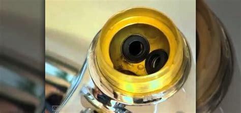 repair  leaky delta faucet  replacing  seats