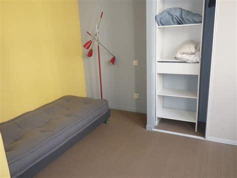 chambre dans appartement style industriel location