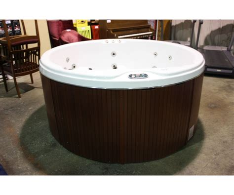 78 quot cal spas coleman series tub with snow white