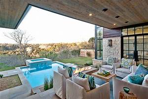 A, Contemporary, Home, With, Rustic, Elements, Connects, To, Its