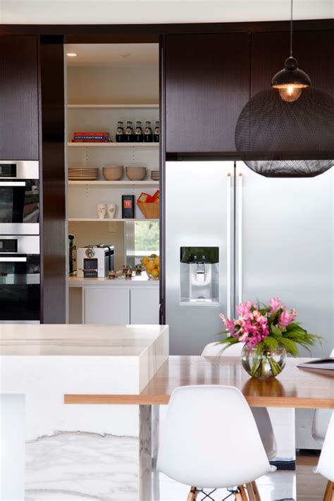 pictures of kitchen design 7 kitchens with seriously clever hideaway counter space 4209