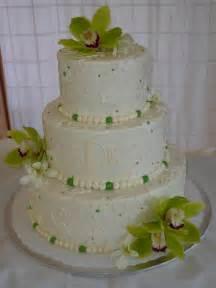 buttercream wedding cakes delicious buttercream wedding cakes ideas with butter frosting food and drink