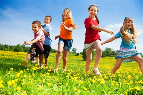 11 kid friendly activities for healthy all year 390 | shutterstock 159886397