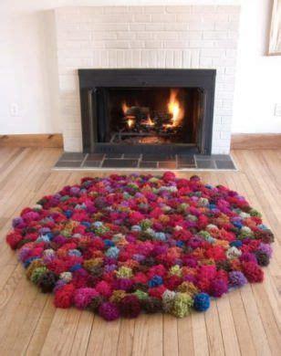 Einen Teppich Aus Pompoms Oder Bommeln Basteln Pinterest