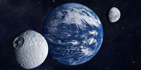 La Terre Vue De La Lune Nasa by La Nasa Vient De D 233 Couvrir Que La Terre A Une Quot Deuxi 232 Me Lune Quot
