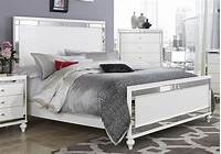 mirrored bedroom furniture GLITZY 4 PC WHITE MIRRORED KING BED N/S DRESSER & MIRROR ...